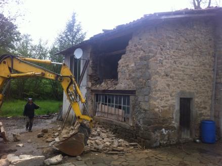 Démolition partielle d'une maison à Grasse